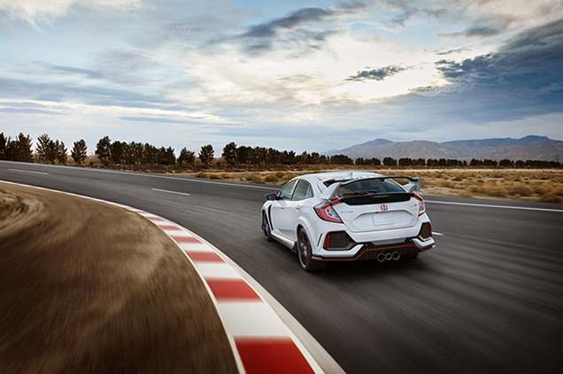 Honda Днепромотор: Дебют серийного Civic Type R 2017 в Женеве